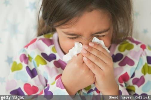 Enfant allergique : à quoi ressemble la chambre idéale ?
